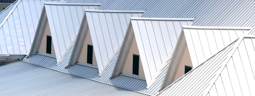 here are many advantages of cool roofing systems, including decreased energy costs and extended lifespan.
